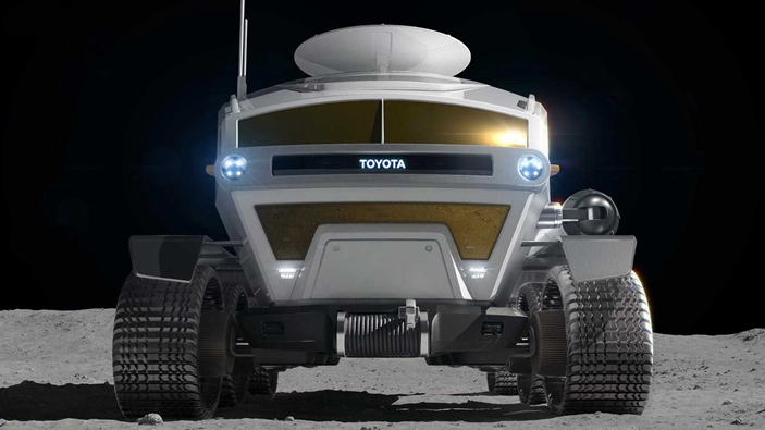 toyota-pressurized-moon-rover-concept (1).jpg